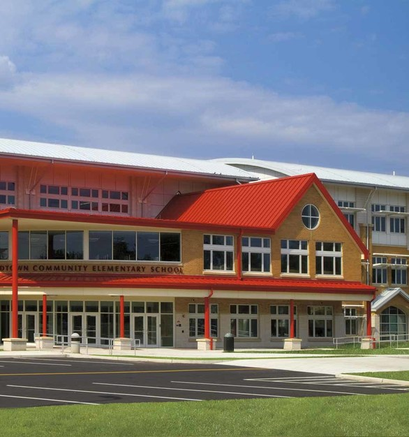 Pella windows were used for this school project because of the innovative passive solar design elements including roof overhangs, exterior sunshades, light shelves and triple-glazing. The sustainable features employed throughout the school create valuable cost and energy savings for the school district.