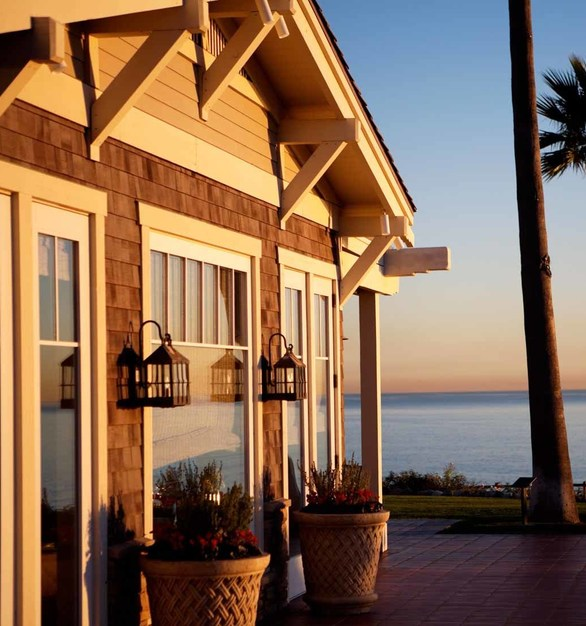 The Montage Laguna Beach exterior facade offers great views overlooking the Pacific Ocean. Pella's Architect Series products mesh beautifully with the classic stone architecture and wainscoting on the exterior and period artwork of the resort.
