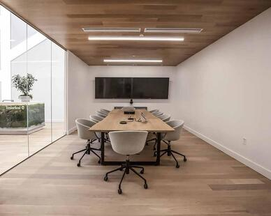 Pioneer Millworks Modern Farmhouse Clean White Oak flooring and ceiling paneling.