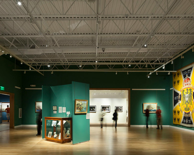 High performance LED lighting at the Minnesota Marine Art Museum by Pulse Products.