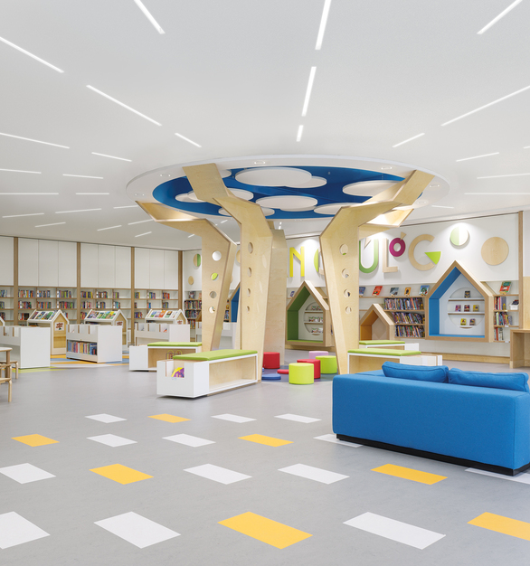 Continuous lines of light, patterns and transitions deliver design flexibility.  Notch 1 delivers a wide variety of trim and endcap options, adding subtle punctuation of the ceiling plane. Extruded aluminum trim designs provide an easy installation with precise fit and finish in drywall or grid ceiling systems.