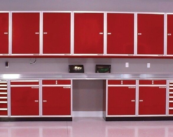 Create a professional and well organized garage or workspace with Moduline PROII™ Series workstation in bright red.