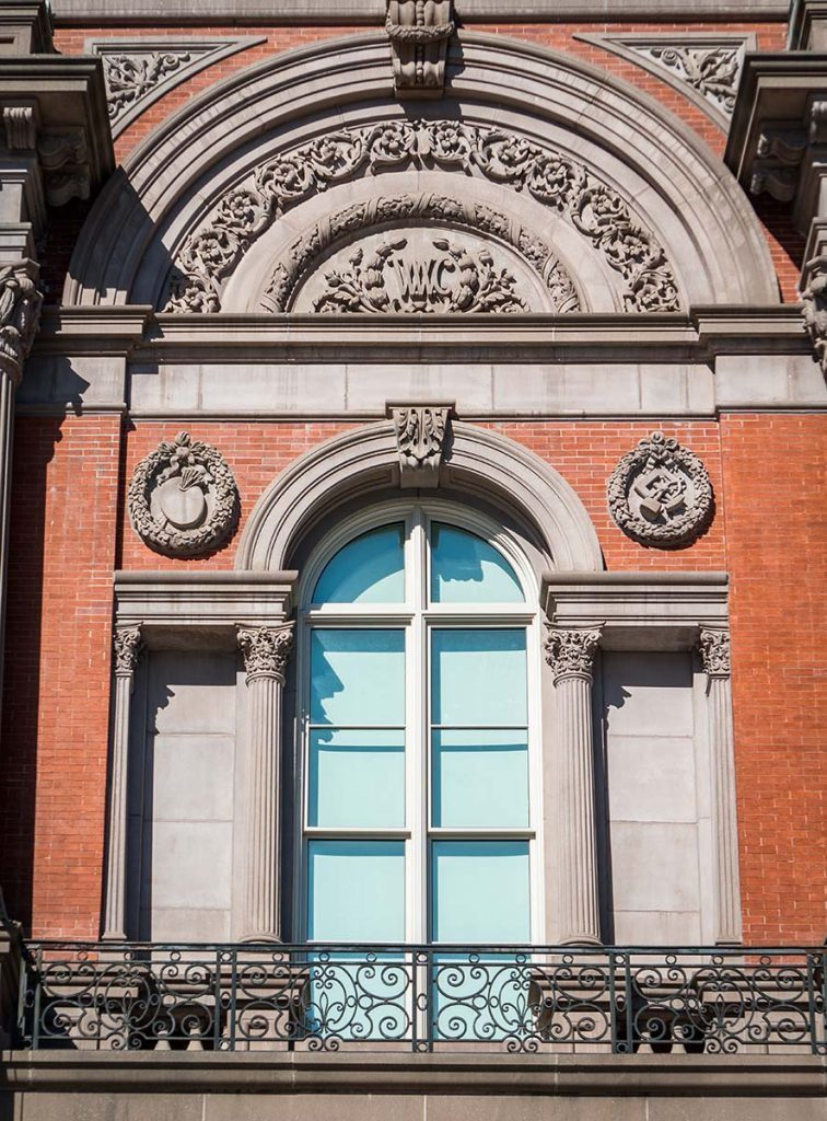 SCW564i impact windows were windows designed to match the original 1860s sightlines, but also were blast-proof and controlled ultraviolet and moisture exposure to protect the artwork.