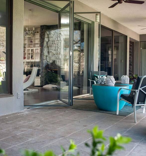 Rothrock-Done-folding-patio-doors-00206