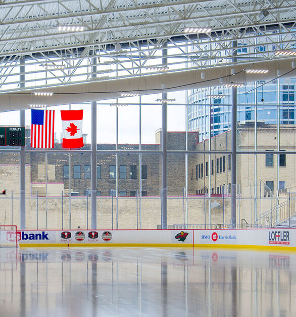 SageGlass proved to be the ideal solution for maintaining ice conditions at the Tria Rink and maximizing the view of downtown Saint Paul while also blocking glare and heat gain.
