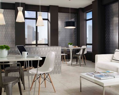 This modern apartment or office features decorative panels, perfect to stand out and be unique.
