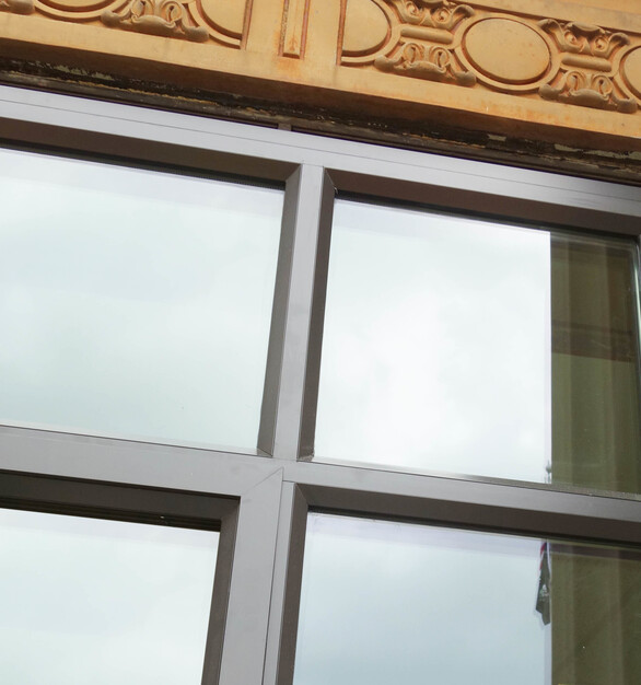 When 2018 renovations included replacing existing broken, leaking windows, the SCW3000 Series windows were selected to restore original sightlines and to meet historical requirements.