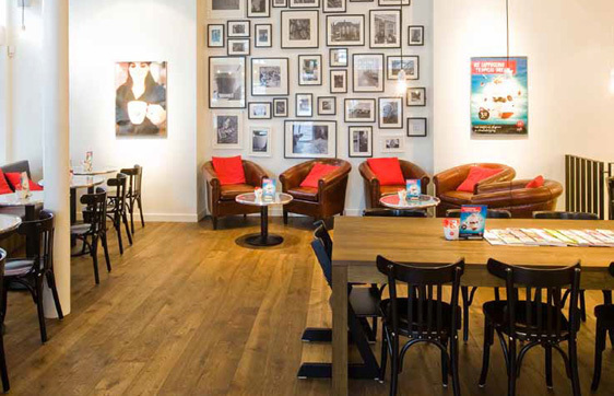 Featured in the quaint cafe is Simply Oak™ hardwood flooring in Clyde.
