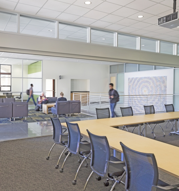 SL45 Folding Glass Walls NanaWall Education Interior Stanford Bioengineering Department Versatile Meeting Room Fully Opened Glass Wall Partitions