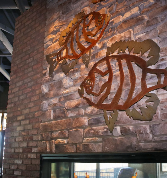 Add a splash of design and color to your interior bar design by incorporating thin brick systems by Speedymason.
