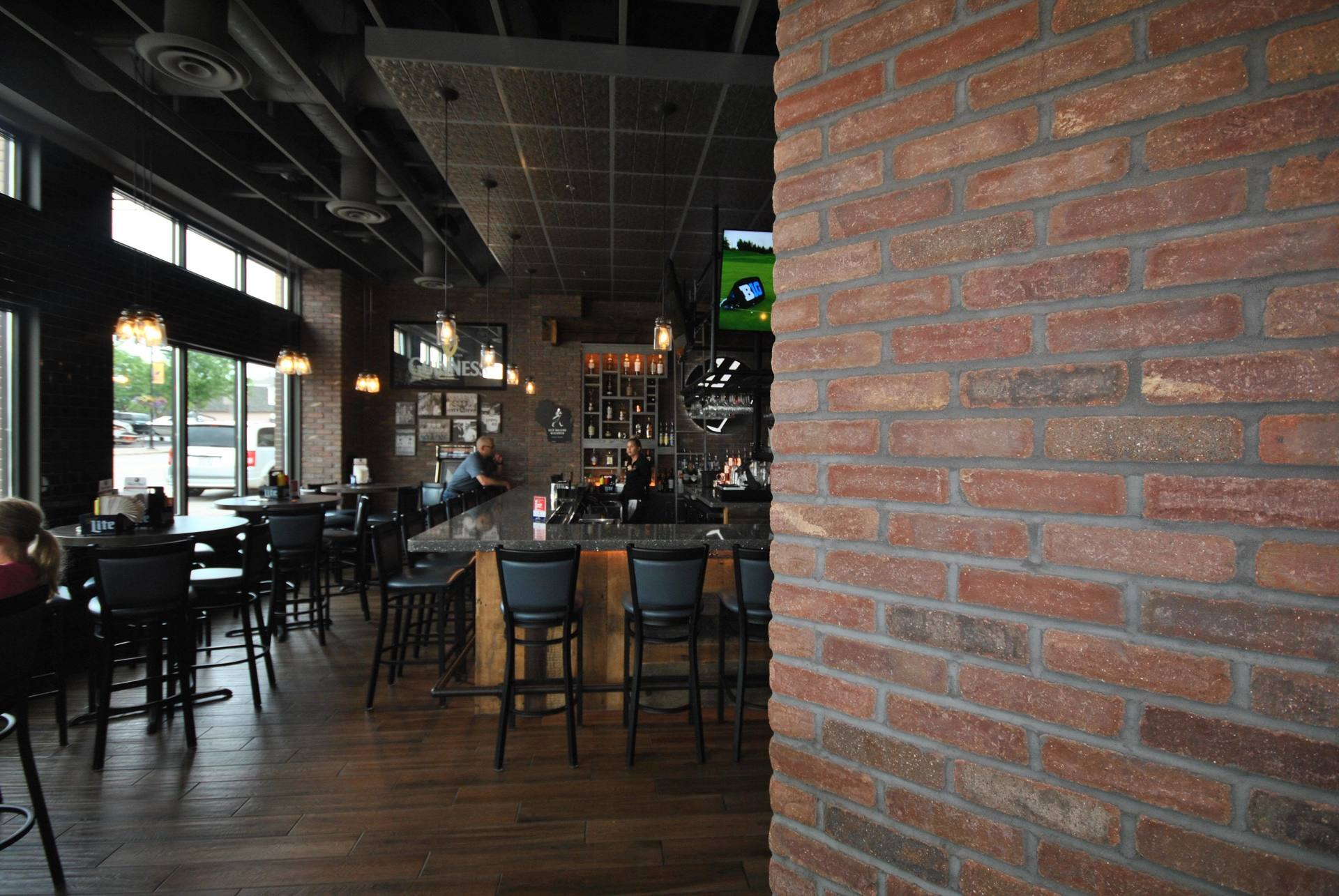 Speedymason thin brick system provides tasteful character to David Reay's Diner and Tavern dining area.
