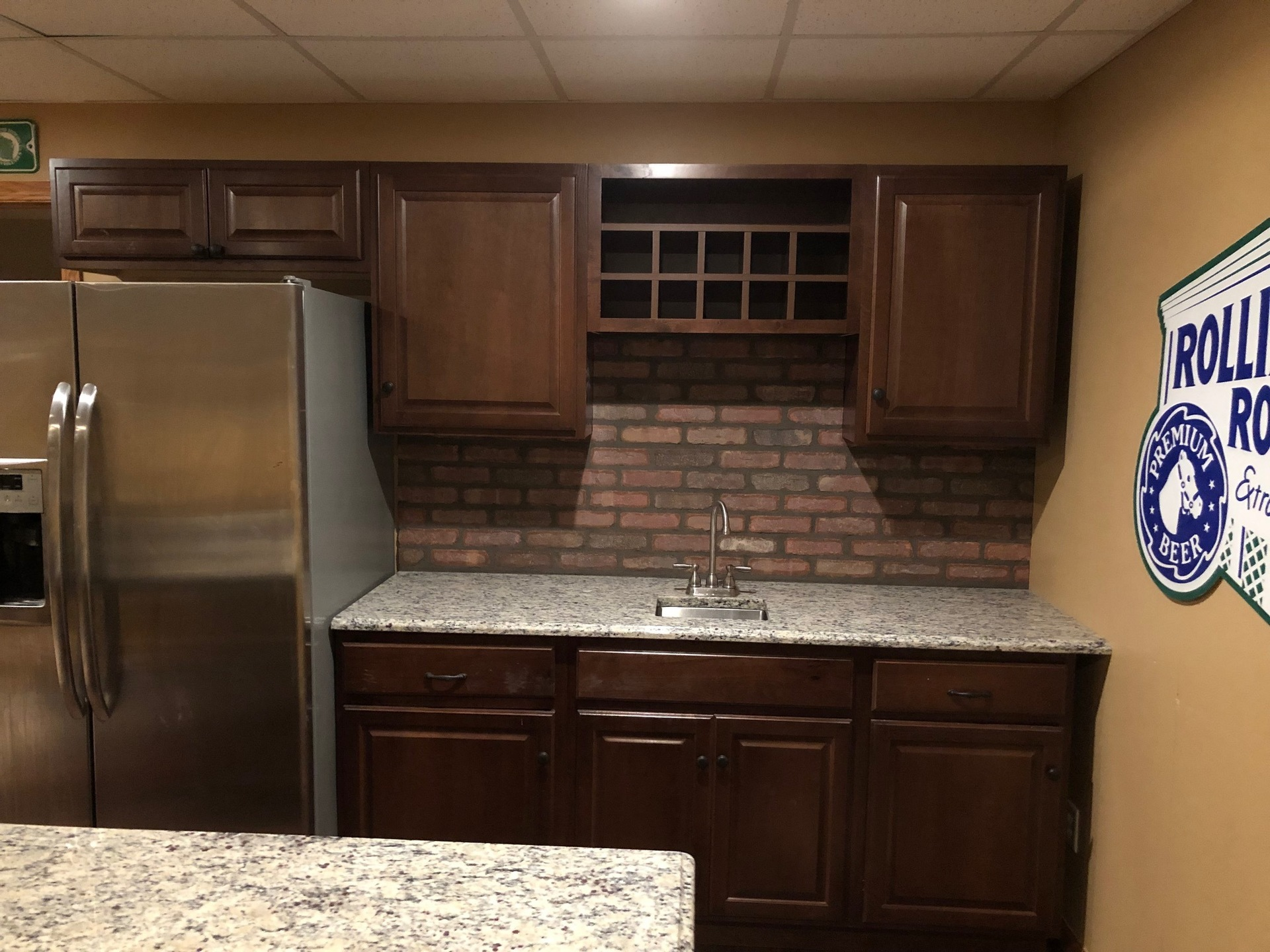 Speedymason can help transform nearly any interior wall or kitchen backsplash and is constructed of high grade fiber composite material to provide durability and strength.