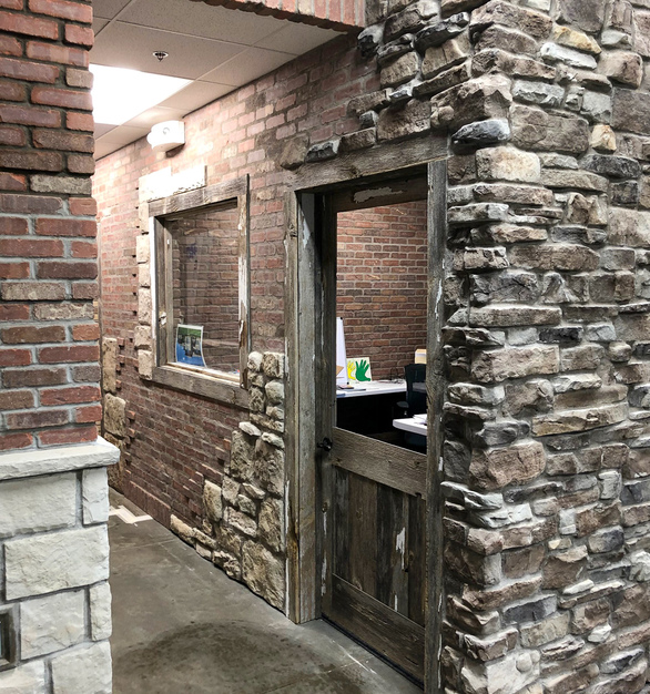 Stone Lath is versatile and can be used for your interior and exterior thin brick projects and the panels fit all stone sizes. The full bed mortar system allows installers to feather out imperfections.