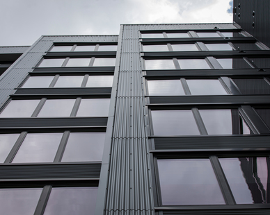 Star Metals Atlanta Georgia Fixed Frame Impervia Windows Apartment Complex Facade Design
