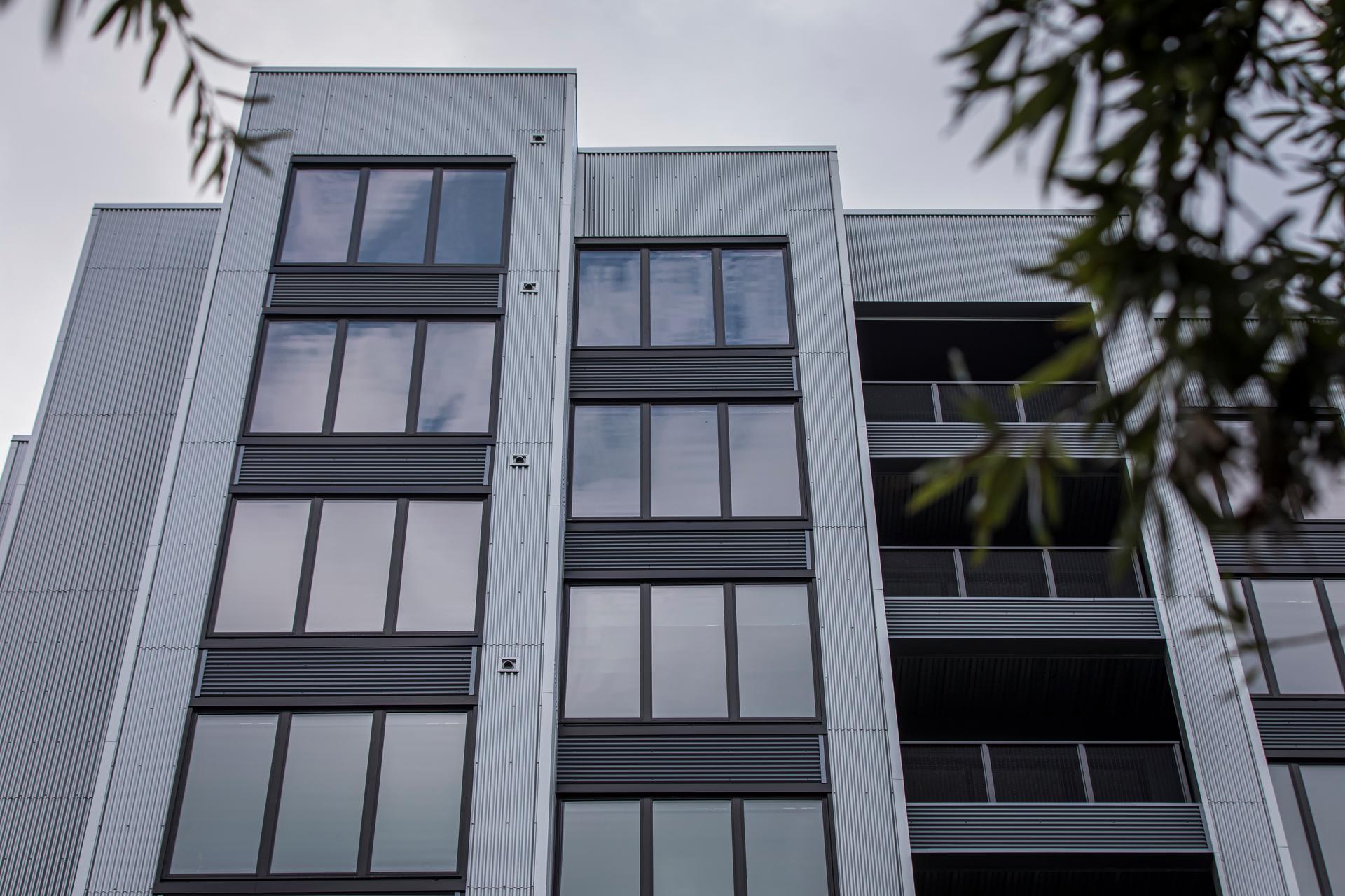 Star Metals Atlanta Pella Impervia Fixed Frame Windows