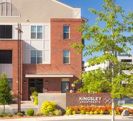 Structura Kingsley Apartments Exterior Design Metal Poles Fort Mills South Carolina