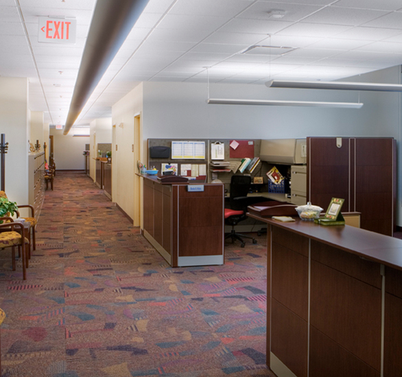 The Internal Revenue Sevice campus was created by connecting an existing 1933 post office with a new 660,000 square foot addition. Tate access flooring runs throughout 1 million square feet of the campus.