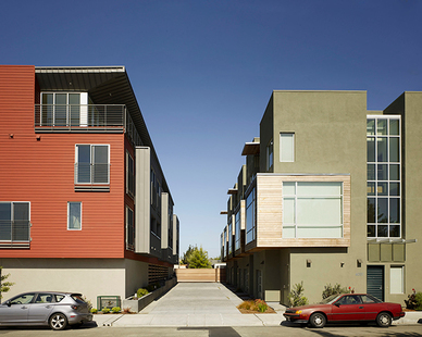 Exterior view of the Temescal Station Townhouses and Condos in Oakland, CA.