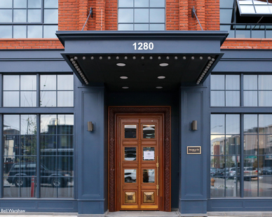 The SCW2500 Series dark gray 10 foot (7' plus 3') historic replica windows and doors are designed to reflect the surrounding River North Arts District neighborhood's industrial history.