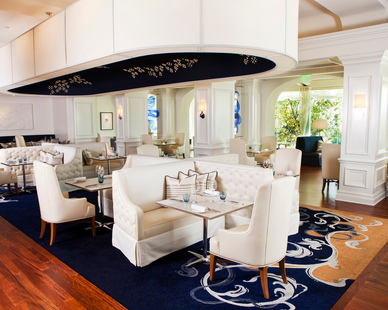 Townsend Leather's Classic Warm White was used in the The Royce Wood Fired Steakhouse at The Langham Huntington, Pasadena.