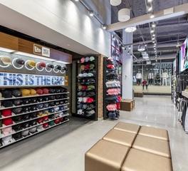 Tricarico architecture and design pc FOOT LOCKER TIMESquare retail view