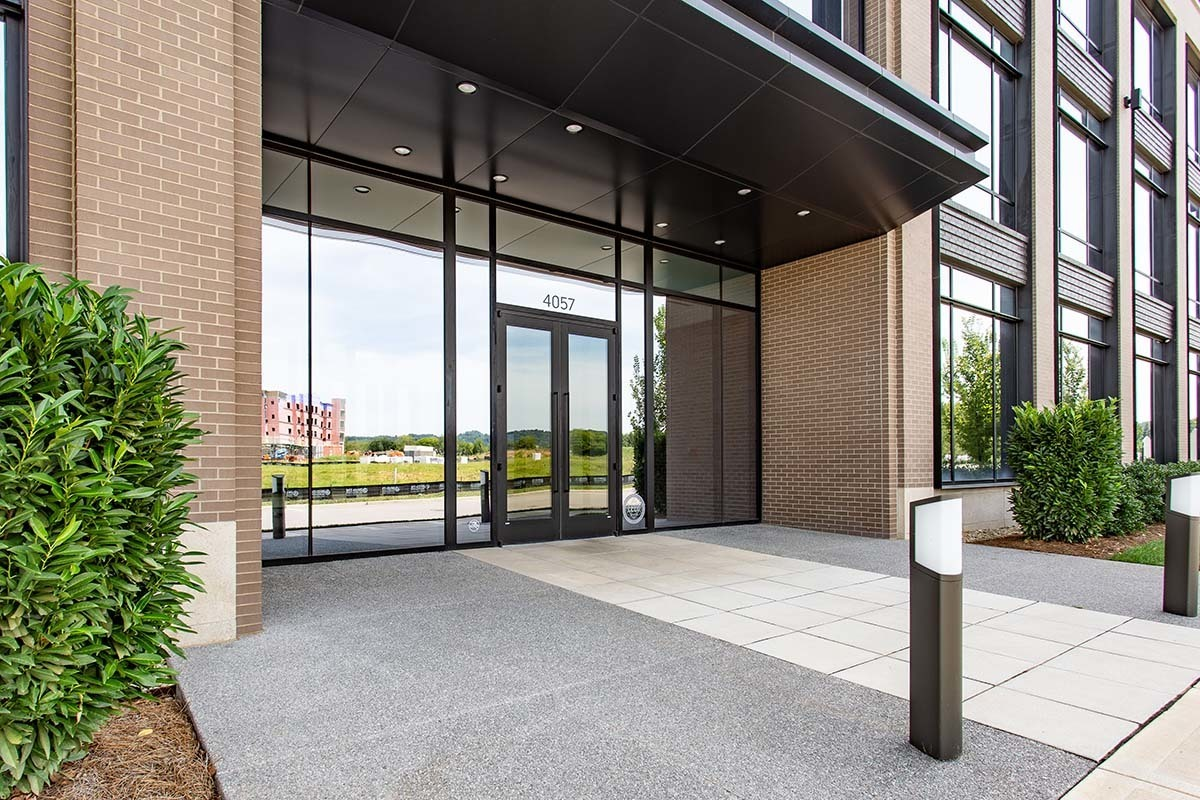 Welcoming entry to the Lee Company Corporate Office in Franklin, Tennesse. Tubelite products were used to create an expansive window wall to welcome guests.