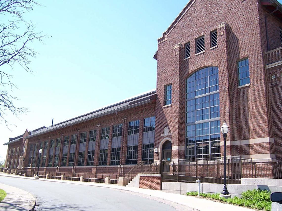 St. Cloud Window narrow sightline fixed and offset fixed windows are specifically designed for use in landmark and historic properties, bringing the benefit of modern technology with the historic integrity required for the project.