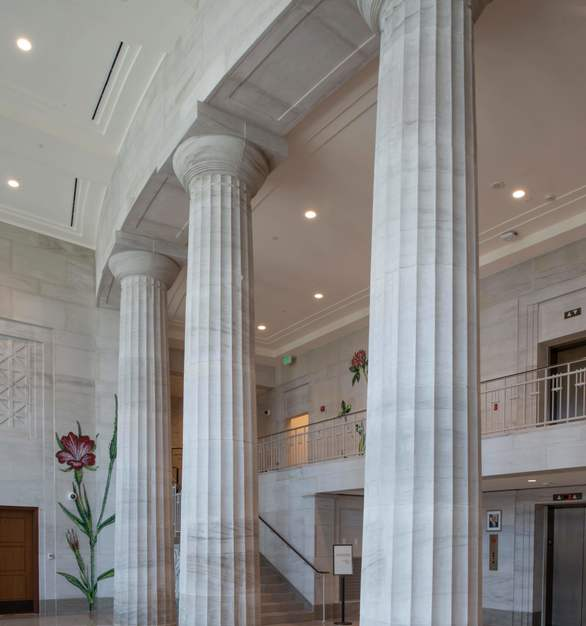 For more than a century, Vetter Stone's fourth-generation family business has been quarrying, crafting, and distributing high quality, all-natural limestone from their Minnesota and Alabama quarries for notable projects worldwide. Here you can see the Silver Shadow Alabama Limestone in the Mobile, Alabama Courthouse.