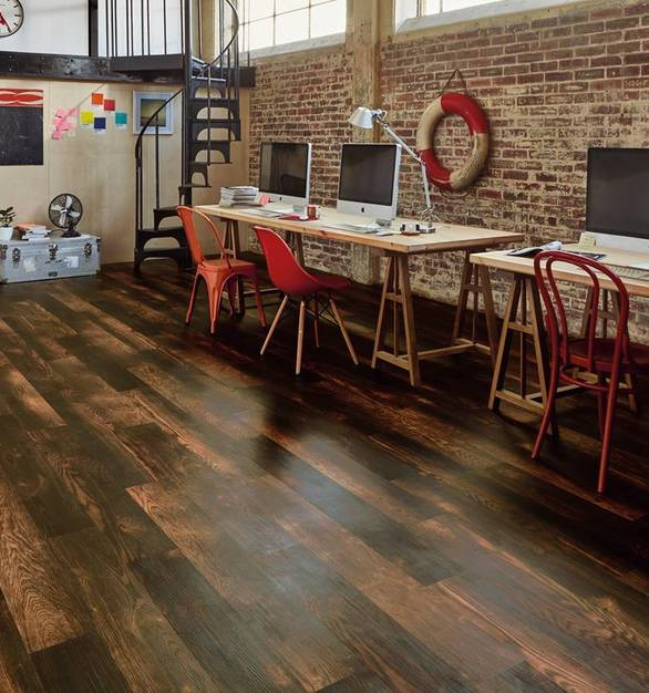 Our range of large floor tiles and planks can help create a sense of space in larger areas, while our customized service options provides businesses with unique features or a prominent company logo to reflect their brand personality.
