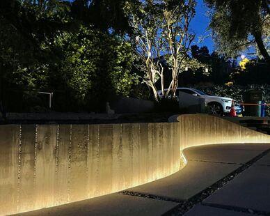 Wall striplight front