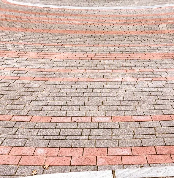 Wausau Tile's Expressions architectural paver series consists of a soft palette of colors, made by coloring the cement matrix with small to medium sized aggregate. These strong, economical pavers feature a uniform, slip-resistant surface