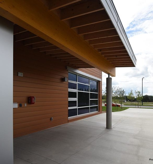 Heritage Valley Fire Station 28 has three drive-thru bays that can house up to six emergency response vehicles. The station also features office space and living facilities, as well as a state of the art exercise room for on-duty fire crews. A new vented turnout gear room designed to store contaminated bunker gear was installed as an added health and safety feature for firefighters.
