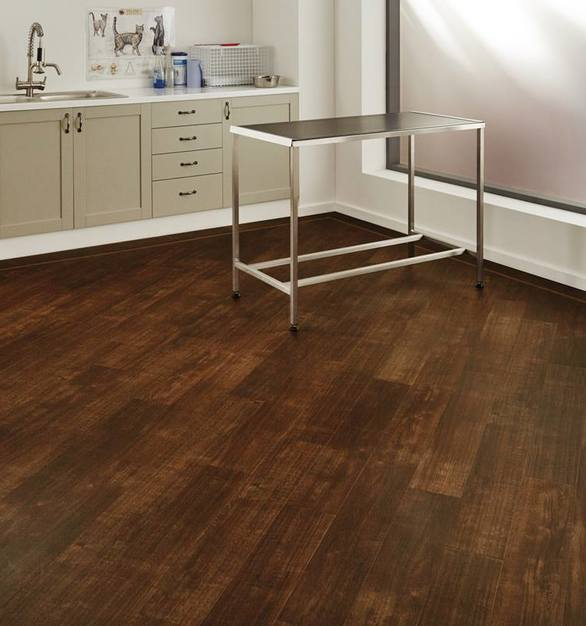 From resisting spills to avoiding dust and mites, Karndean's nonporous floor tiles and planks contribute to cleaner, healthier environments from the day they're installed. Our wide range of low maintenance designs all carry a low volatile organic compound rating.
