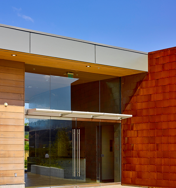 CF Architectural Vertical Wall Panels